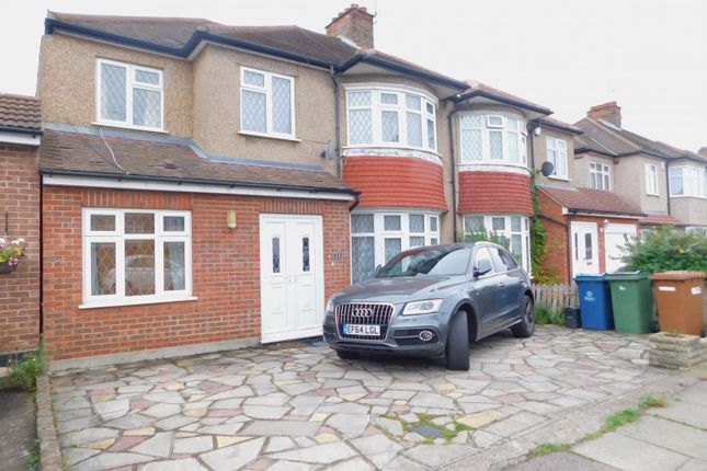 Thumbnail Property to rent in Mount Drive, Harrow