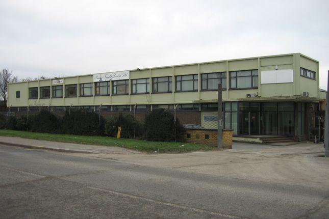 Thumbnail Warehouse to let in Honywood Road, Basildon