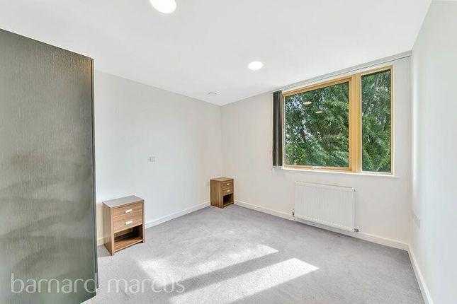 Bedroom of Kilby Court, Osier Lane, London SE10