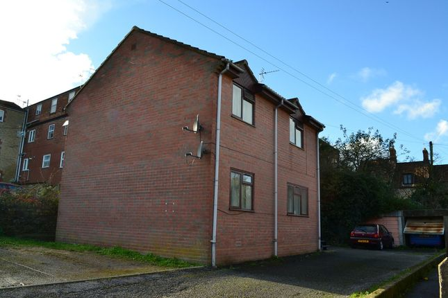 Thumbnail Flat to rent in Ivelway, Crewkerne