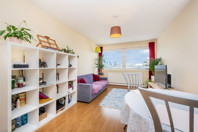 Thumbnail Flat for sale in Park South, Battersea