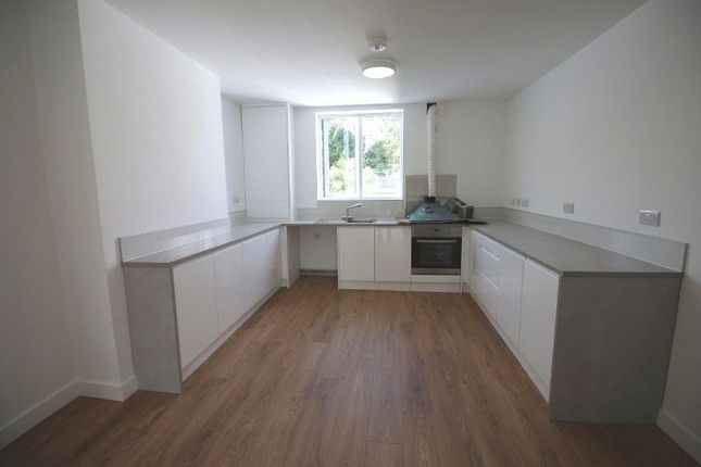 1 bed flat to rent in Tower Road, Paignton