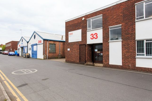 Light industrial to let in Bilton Industrial Estate, Humber Avenue, Coventry