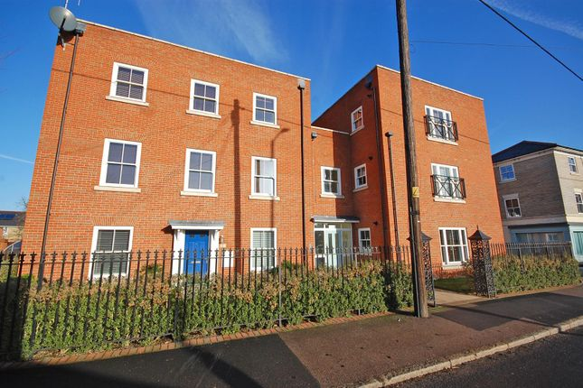 Thumbnail Property to rent in The Street, Rayne, Braintree