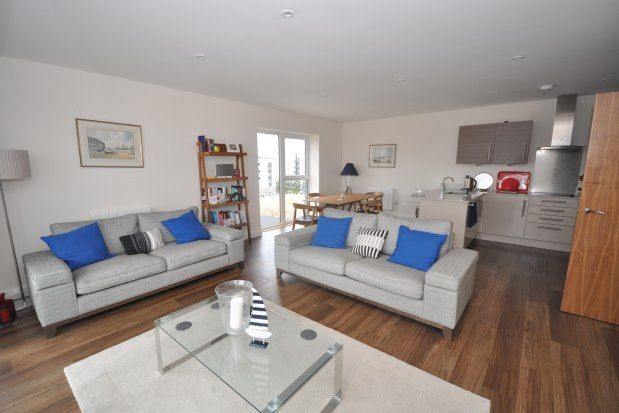 Thumbnail Flat to rent in Marina Heights, Gillingham