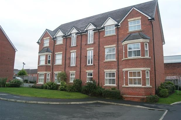Thumbnail Flat to rent in Heys Hunt Avenue, Leyland
