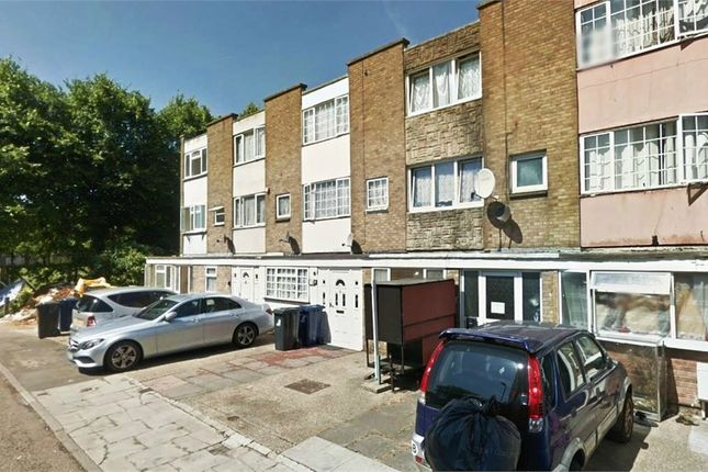 Thumbnail Terraced house to rent in Lovell Road, Southall, Greater London