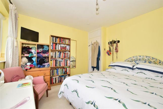Thumbnail Flat for sale in Parklands Road, Hassocks, West Sussex