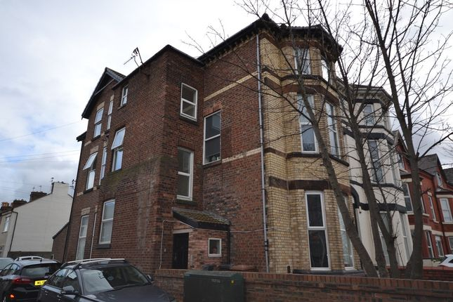 Thumbnail Flat to rent in Crosby Road South, Liverpool