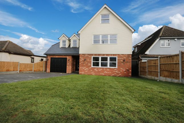 Thumbnail Detached house for sale in Plumberow Avenue, Hockley