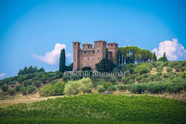 Thumbnail Property for sale in Siena, Tuscany, Italy