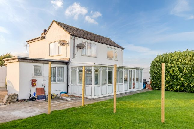 Thumbnail Detached house for sale in Skegness Road, Skegness, Lincolnshire