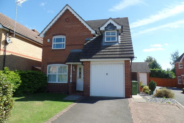 3 bed property to rent in Willow Holt, Hampton Hargate