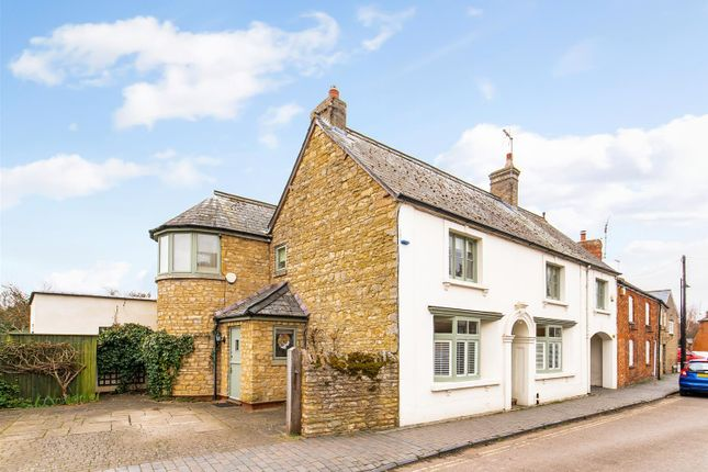 Property for sale in Church Street, Olney