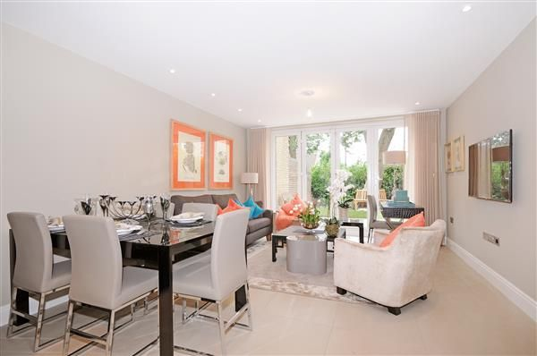 Reception-Room of Court Close - Boydell Court, St Johns Wood Park, London NW8