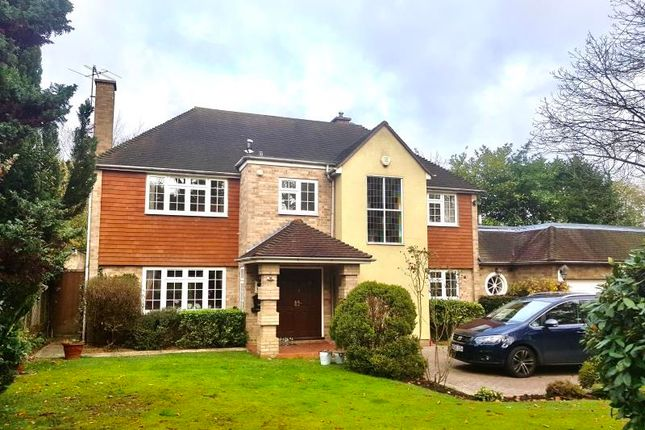 Thumbnail Detached house to rent in North Approach, Moor Park Estate, Northwood
