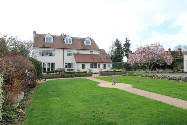 Thumbnail Detached house for sale in Warsash Road, Fareham