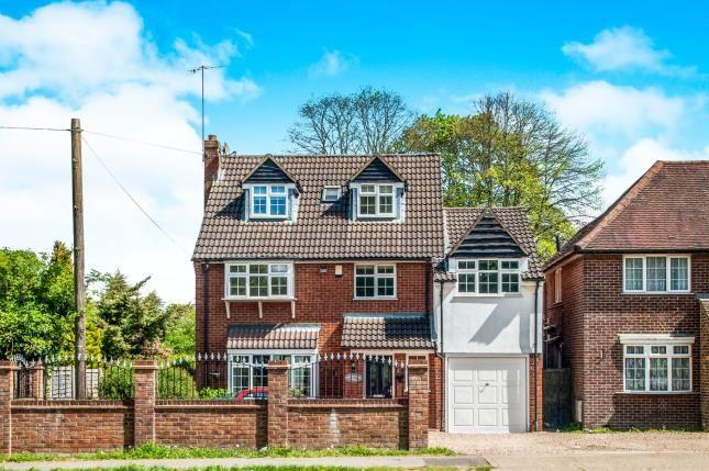 Thumbnail Detached house for sale in Leverstock Green Road, Hemel Hempstead, Hertfordshire, .
