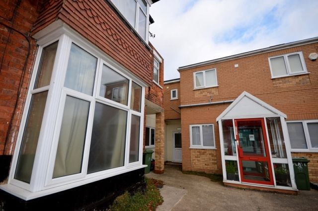 Thumbnail Flat to rent in Dudley Street, Grimsby