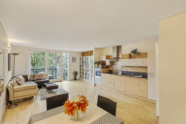 Thumbnail Flat for sale in West Parkside, London