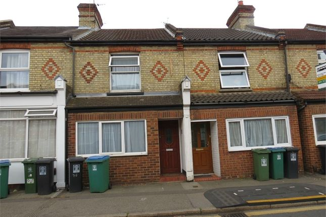 Thumbnail Room to rent in 74 Leavesden Road, Watford, Hertfordshire