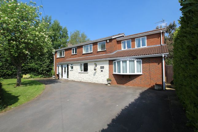Thumbnail Detached house for sale in Outlands Drive, Hinckley