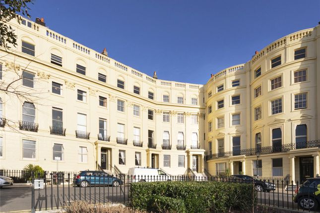1 bed flat for sale in Brunswick Square, Hove, East Sussex BN3