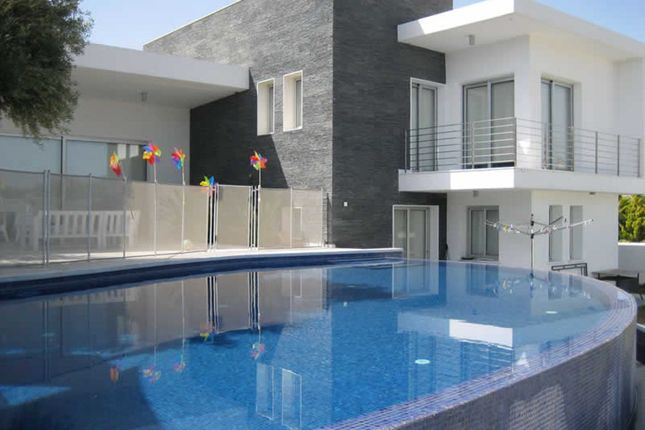Villa for sale in Agia Marinouda, Paphos, Cyprus