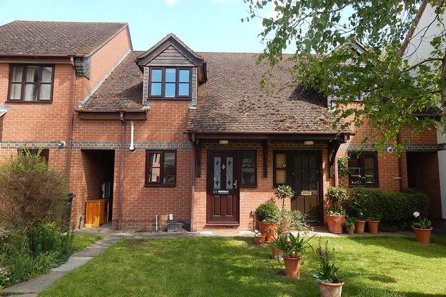 Thumbnail Terraced house to rent in Field Gardens, Steventon, Abingdon