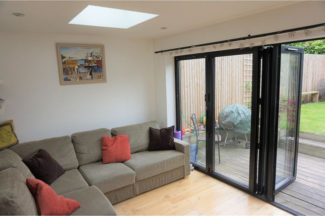 Thumbnail Flat for sale in Hollydale Road, London