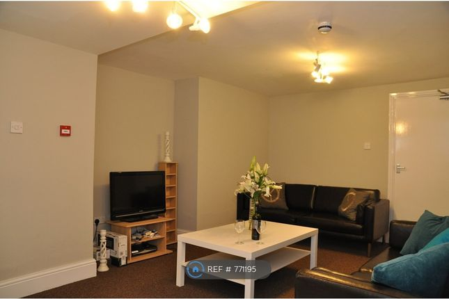 Thumbnail Flat to rent in Osbourne Road, Manchester