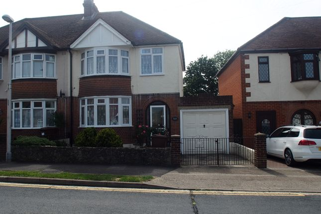 Semi-detached house to rent in Wilson Avenue, Rochester