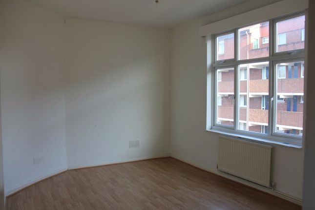 Thumbnail Flat to rent in Church Road, Church Road, Hanwell