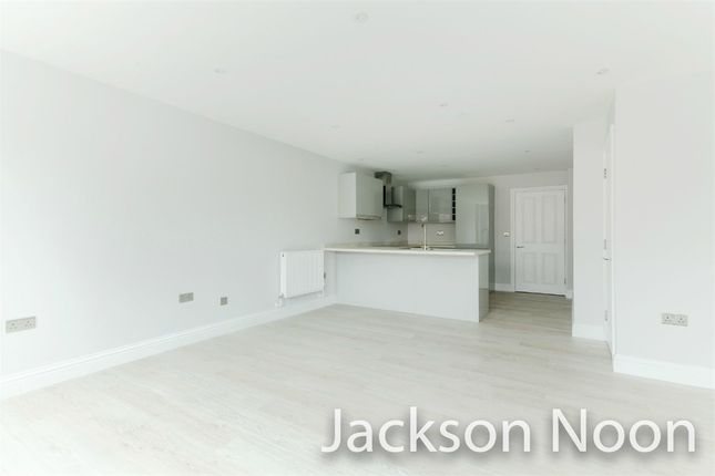 2 bed flat to rent in Market Parade, High Street, Ewell, Epsom KT17