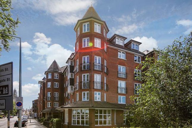 Thumbnail Flat for sale in Castlemeads Court, Gloucester