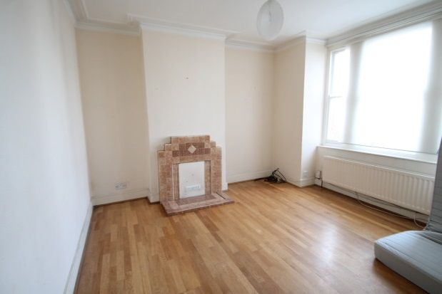 Thumbnail Terraced house to rent in Gipsy Road, West Norwood