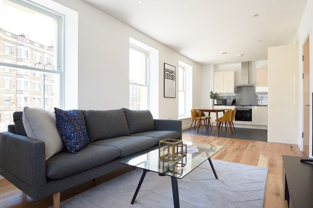Thumbnail Flat to rent in Castle Road, London