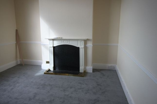 2 bed flat to rent in Victoria Parade, Ramsgate