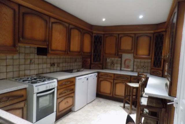Thumbnail Flat to rent in Dunedin Way, Hayes, Middlesex