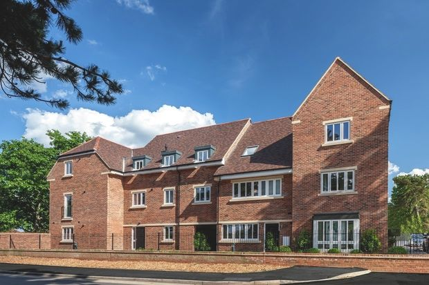 Thumbnail Flat for sale in Bassett's Campus, Spindle Mews, Starts Hill Road, Bromley Kent