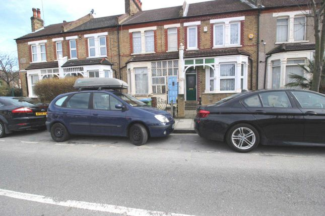 Thumbnail Property to rent in Priolo Road, Charlton