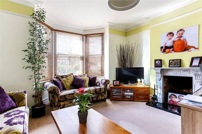 Picture No. 03 of Basingstoke Road, Spencers Wood, Berkshire RG7