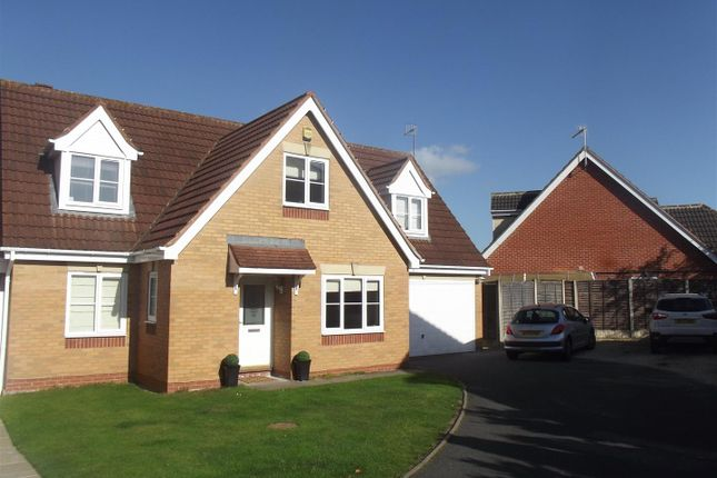 Thumbnail Property for sale in Jackdaw Lane, Droitwich