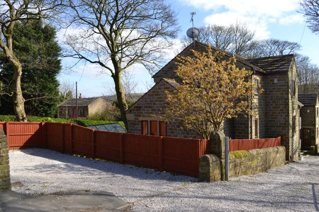 3 bed detached house for sale in Thornton Road, Thornton, Bradford