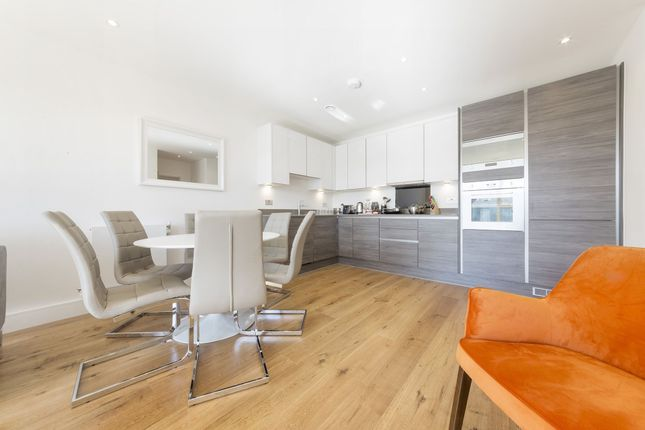 Thumbnail Flat to rent in Aurora Point, 277 Grove Street, Marine Wharf East, Surrey Quays, London
