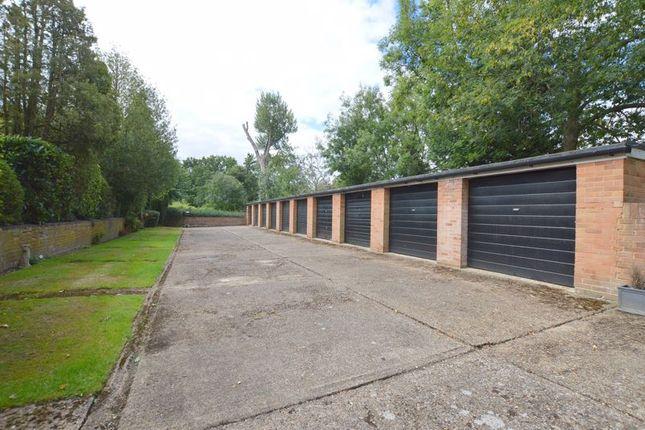 Photo 5 of Westfield Park, Hatch End, Pinner HA5