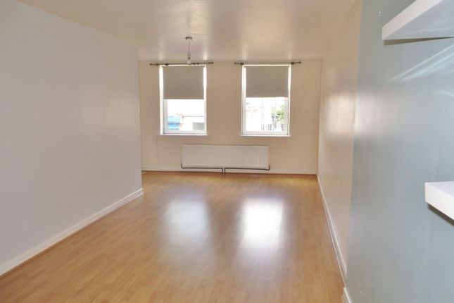 Thumbnail Flat to rent in Floor Flat 6A Beaufort Street, Brynmawr
