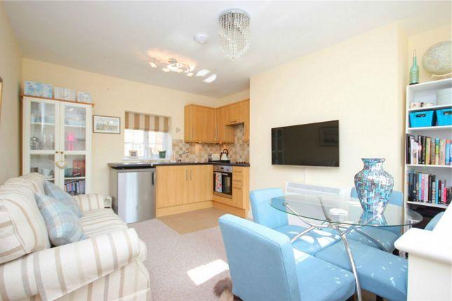 Thumbnail Flat for sale in Bank Cottage, 20 High Street, Hemel Hempstead, Hertfordshire