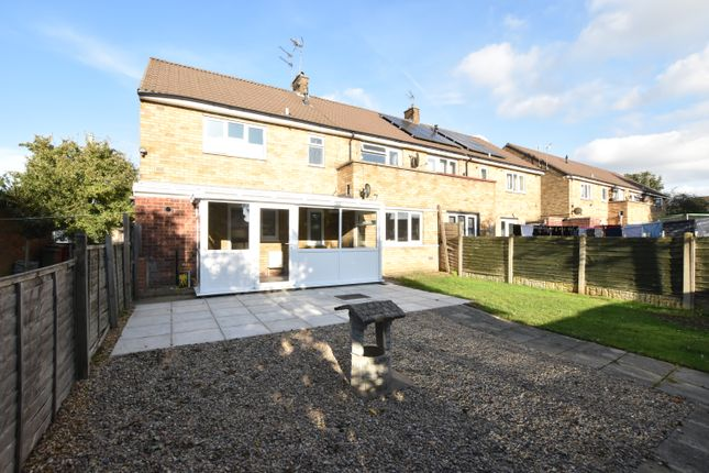 Thumbnail Flat to rent in Enderby Road, Scunthorpe, Lincolnshire
