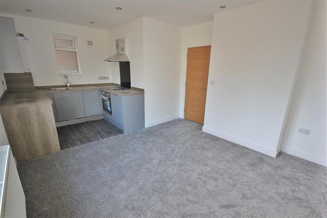 Thumbnail Flat for sale in Victoria Road, Ferndown